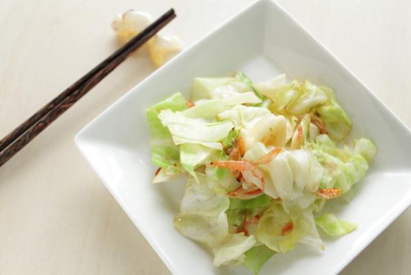 Салат с китайской капустой и креветками