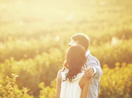 В любви давать советы бессмысленно. Никто кроме нас не знает, что мы чувствуем на самом деле и на что готовы пойти ради этих отношений