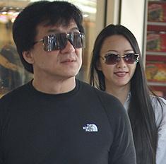 Исторя нежной любви Джеки Чана и его жены Линь Фэнцзяо
