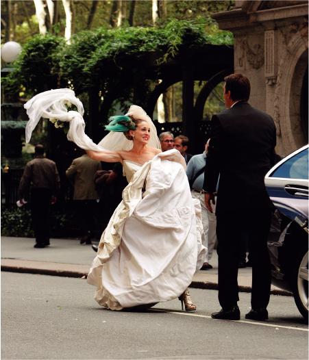 Во сне или наяву: она в платье от Vivienne Westwood, он... Да какая, собственно, разница