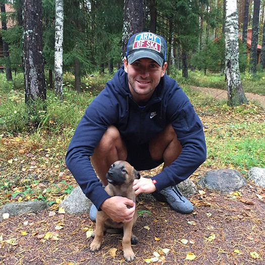 Александр Кержаков завел собаку