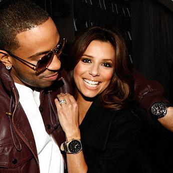 Ева Лонгория и рэпер Ludacris хвастаются часами
