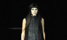 Alexander McQueen и MAC представят линию декоративной косметики
