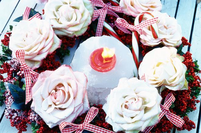 Новогодний букет из роз