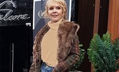 Валерия пришла в ресторан в старомодной юбке
