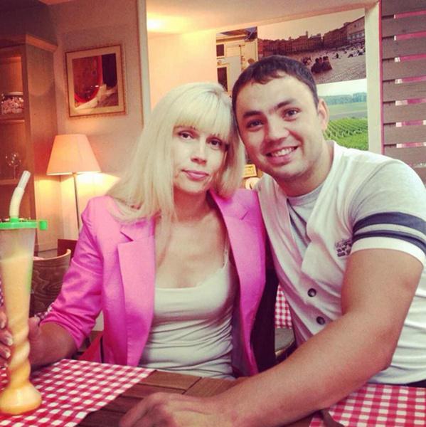 Светлане Устиненко с зятем Александром Гобозовым фото