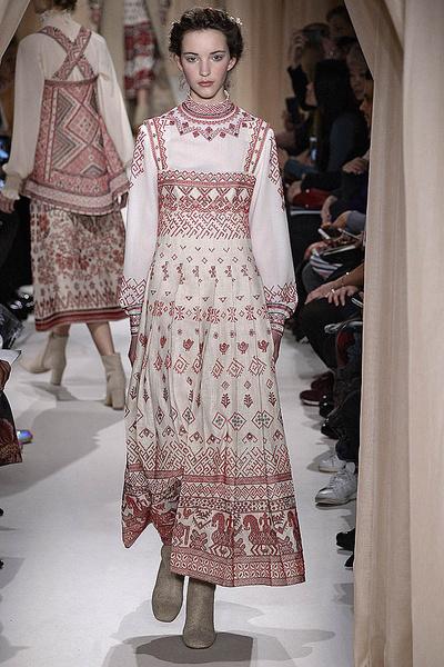 Показ Valentino Haute Couture | галерея [1] фото [9]