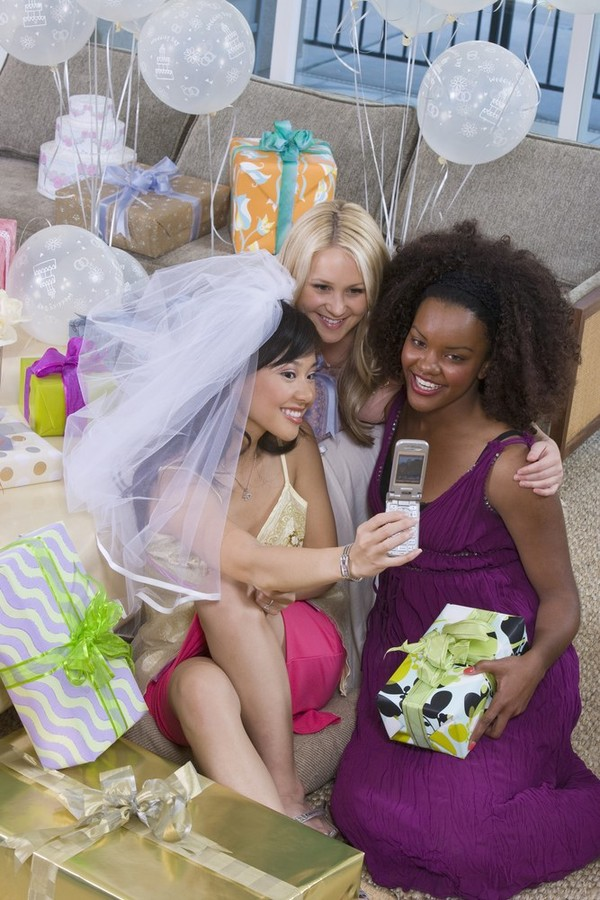 Трахаются на девичнике перед свадьбой 16 фотография