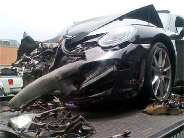 Автомобиль Линдсей Лохан после аварии.