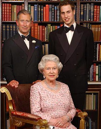 Принц Уильям (Prince William), принц Чарльз (Prince Charles) и Елизавета II (Elizabeth II)