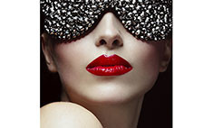 Модный макияж – 10 цветущих лиц отвизажистов