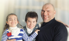 Николай Валуев пригласил к себе в гости всю страну
