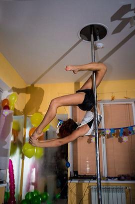 Эффективные упражнения по фитнесу, фитнес-студия Lady Cat, Pole Dance