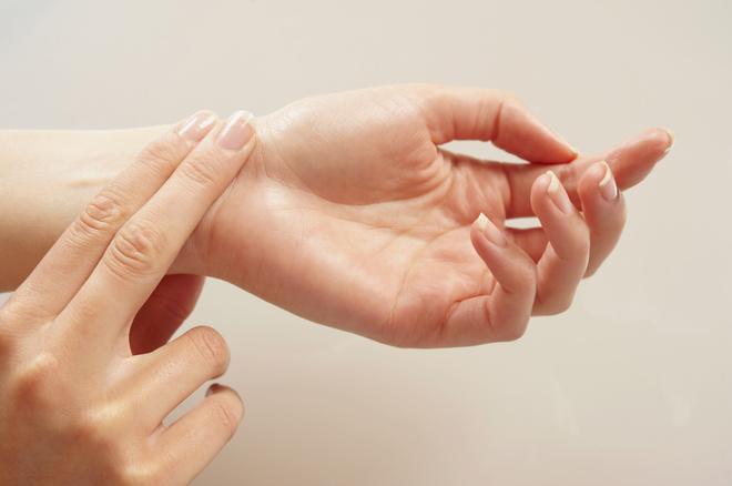 Как измерить пульс на руке