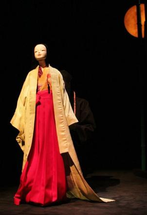 «Золотая маска» в Перми Сияющая в ночи