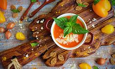 Крем-суп из запеченного перца с сыром и мятой