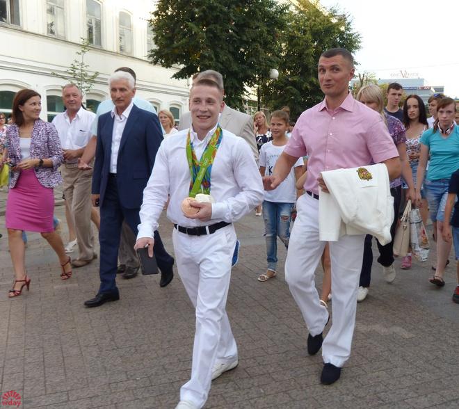 Денис Аблязин незахотел говорить о собственной свадьбе