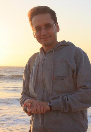 Алексей Фаюстов, телеведущий, фото