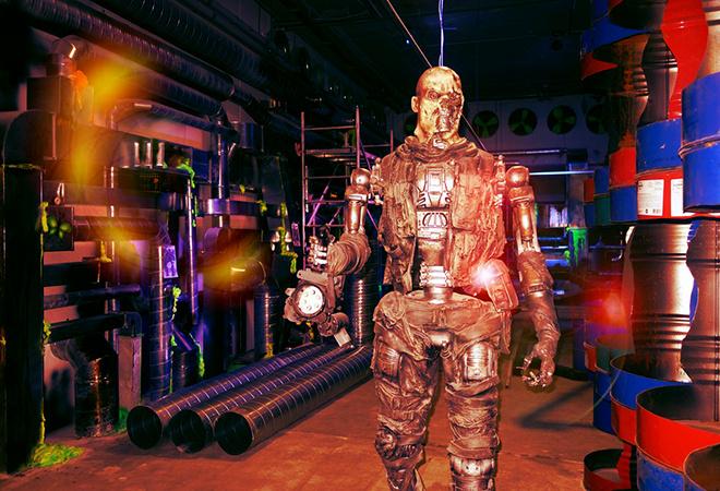 Империя роботов в Питерлэнде