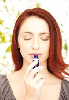 В ароматерапии используется около 3000 растений, их эфирные масла комбинируются в различных сочетаниях.