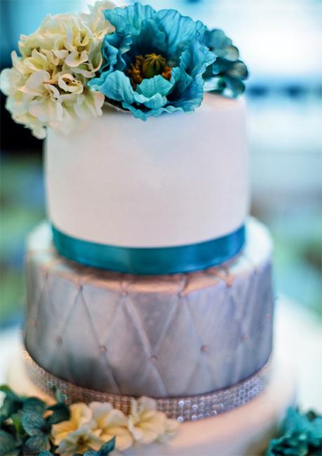 Серебряный свадебный торт