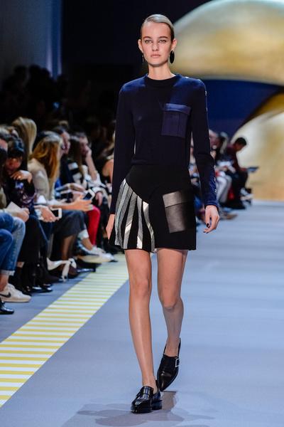 Неделя моды в Париже: день пятый   галерея [2] фото [4]