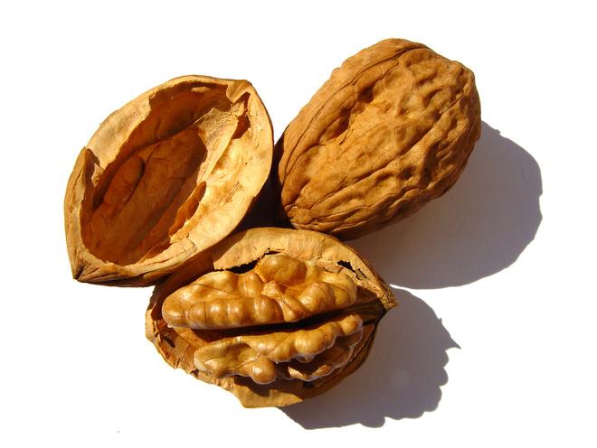 настойка грецкого ореха применение
