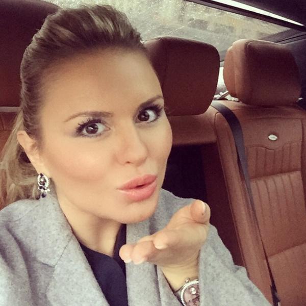 Анна Семенович тайно вышла замуж