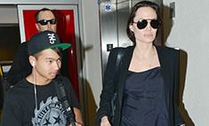Агенты ФБР расспросили Джоли о ссоре Питта с сыном