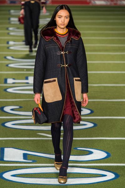 Показ Tommy Hilfiger на Неделе моды в Нью-Йорке | галерея [2] фото [11]