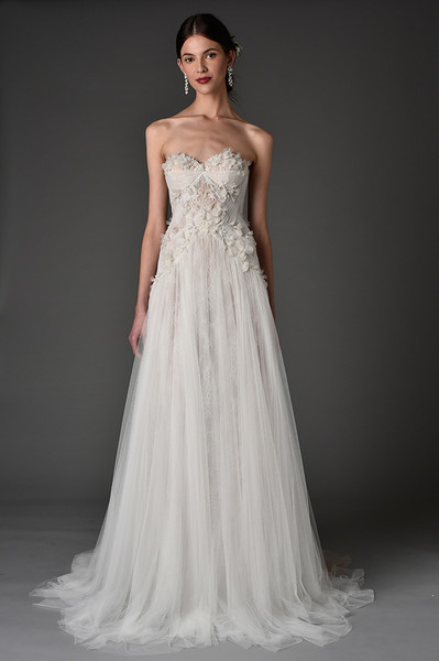Лучшие коллекции Недели свадебной моды   галерея [1] фото [12]