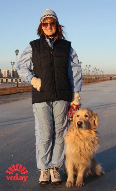 Катя Борисова на прогулке