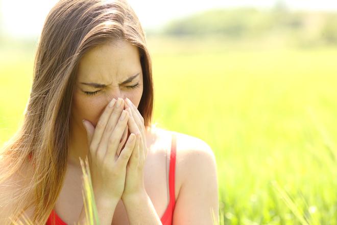 Как отличить обычный насморк от аллергенного?