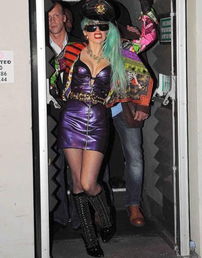 Леди ГаГа (Lady GaGa) в клубе Nevermind