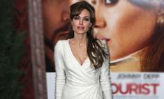 Анджелина Джоли выйдет замуж в платье от L'Wren Scott