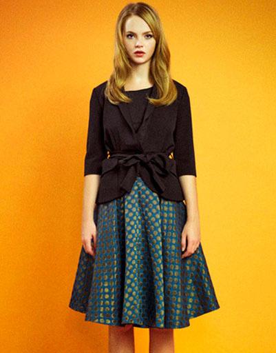 Жакет с поясом и горчичная юбка в горох, Султана Французова, осень-зима 2011 - 2012