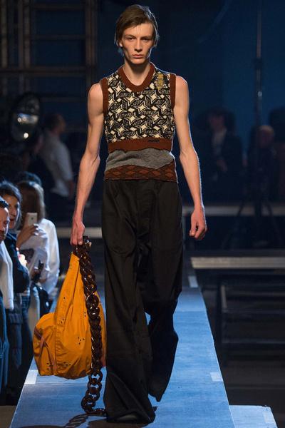 Неделя мужской моды в Париже: лучшие показы | галерея [2] фото [19]