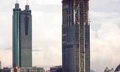 Десятилетний мальчик выжил после падения с 20-го этажа