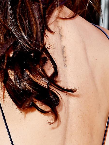 Виктория Бекхэм удалила татуировку, посвященную мужу