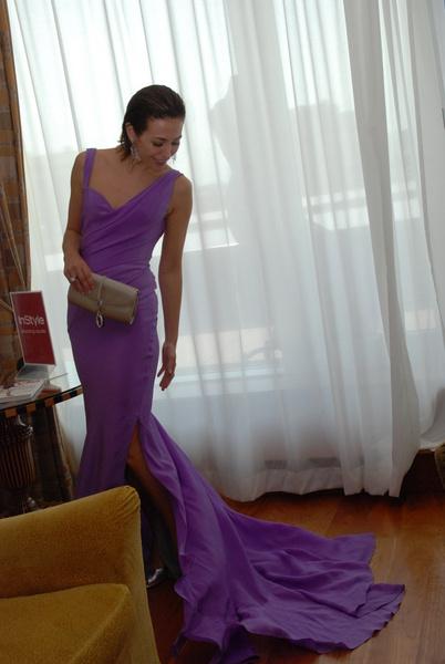 На Екатерине: лавандовое платье Zac Posen, туфли Baldinini и клатч RoDo