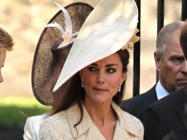 Лучше всех в 2011 году шляпы носила Кейт Миддлтон