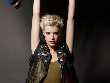 Ради успеха в модельном бизнесе Агнесс Дейн (Agyness Deyn) пришлось сказать, что ей 13 лет