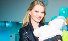 Елена Кулецкая впервые вышла в свет с дочерью