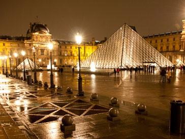 Три года подряд Лувр занимает первое место по количеству посетителей среди музеев мира