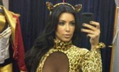 Тигренок, а не киска: Ким Кардашьян выбрала костюм на Хэллоуин