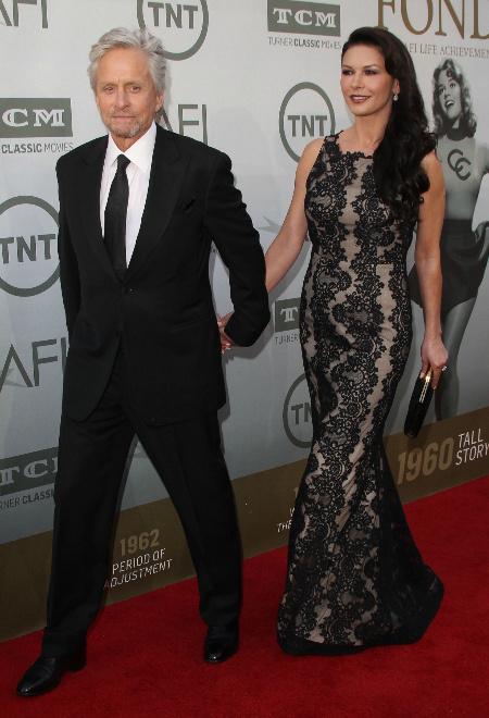 Майкл Дуглас с женой фото