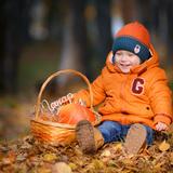 Немного осени в этот солнечный денек)) Никитенко Макар, 1 год 10 месяцев, г.Искитим