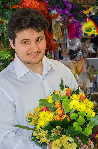 Какие цветы на 8 Марта подарят рязанкам мужчины