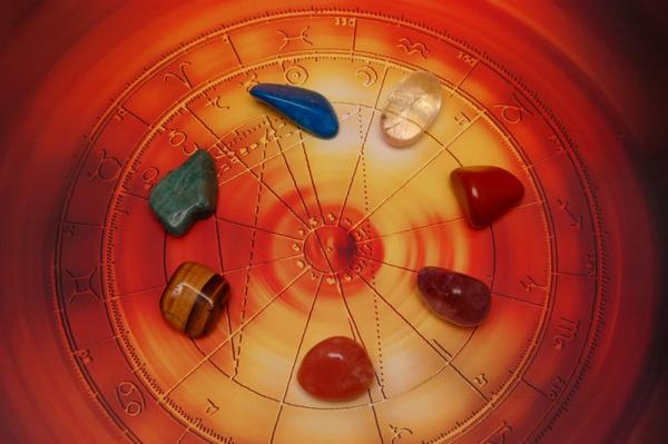 Как выбрать свой камень по знаку зодиаку