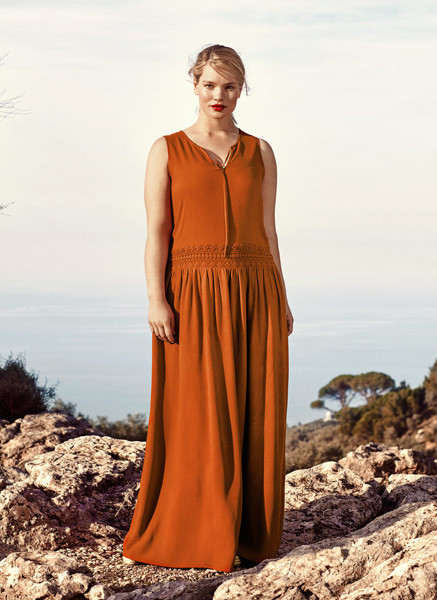 Платье Violeta by Mango, 7999 р.